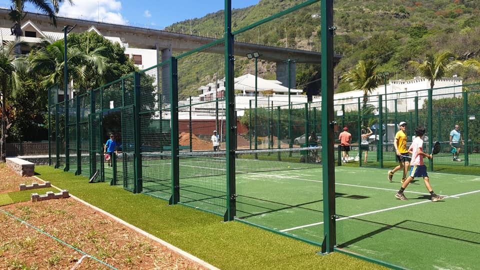 ManzaSport - Pistas de pádel en Bourbon Olympique Tennis Club